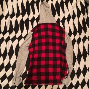 Rue21 Tops - ✌🏼Plaid checkered sweater